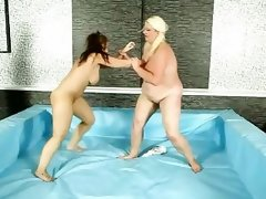 Female heavyweight wrestling @ bbw fight club