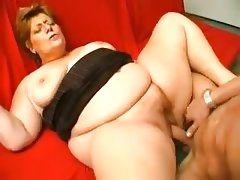 Young fit gut fucks a sexy bbw granny