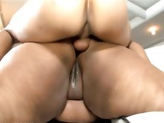 Black bbw takes it in the ass