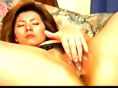 Sexy pretty japanese milf\'s hot cunt fucked