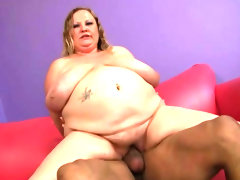Fat girl and bbc have interracial sex