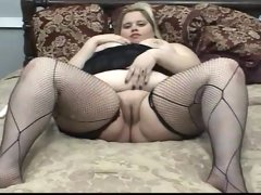 Fattractive blonde and her toy
