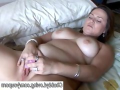 Beautiful big tits bbw gives a great blowjob